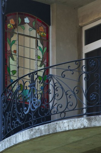 La-Chaux-de-Fonds, balcon, vitrail Art Nouveau